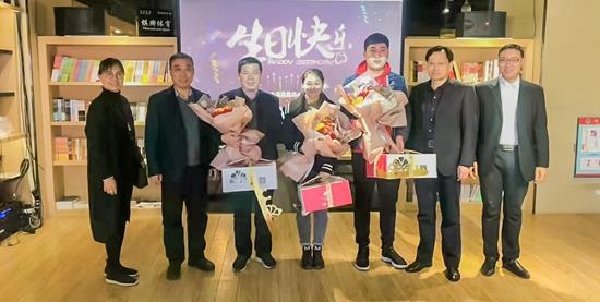 情系员工 温暖人心 ——沧州市店工会为职工开展生日祝福活动